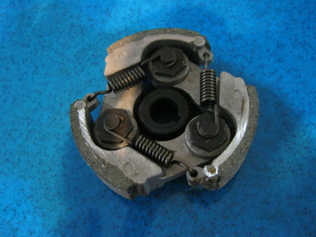 Clutch - 3 pad for 49cc 2 stroke engine - standard