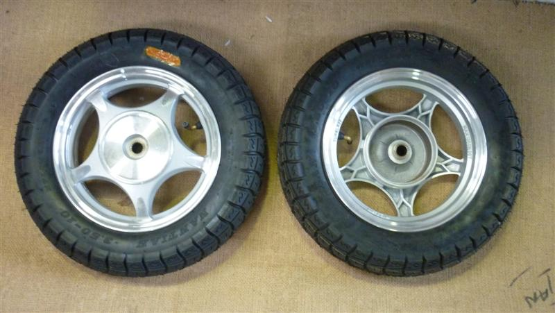 "Complete 10"" Rear`Scooter Wheel and Tyre"