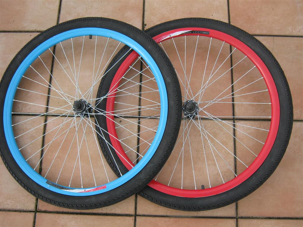 Bicycle Wheel, Tyre and Tube - Click Image to Close